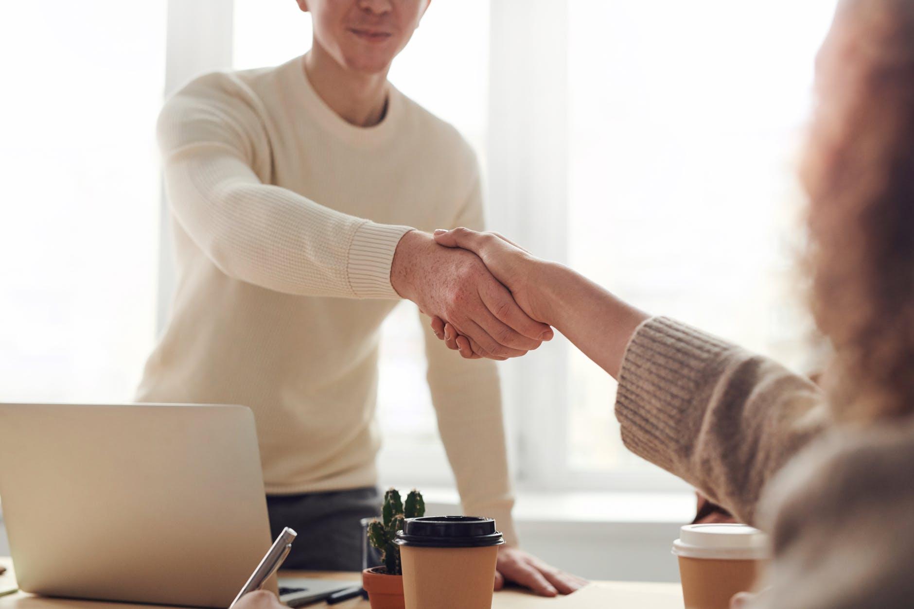 5 Consejos básicos para conseguir tu primer cliente